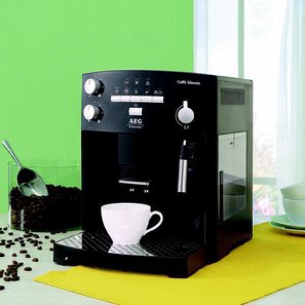 AEG Kaffeevollautomat Caffè Silenzio CS 5000