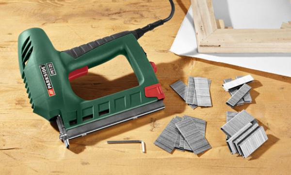 parkside elektrotacker von lidl ansehen. Black Bedroom Furniture Sets. Home Design Ideas