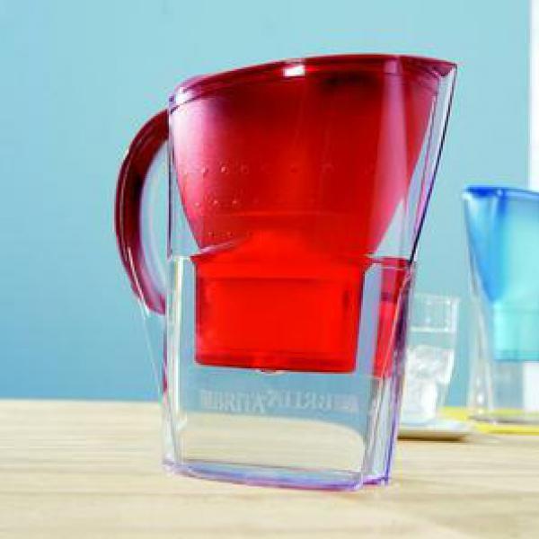 brita wasserfilter marella cool red passion von marktkauf ansehen. Black Bedroom Furniture Sets. Home Design Ideas