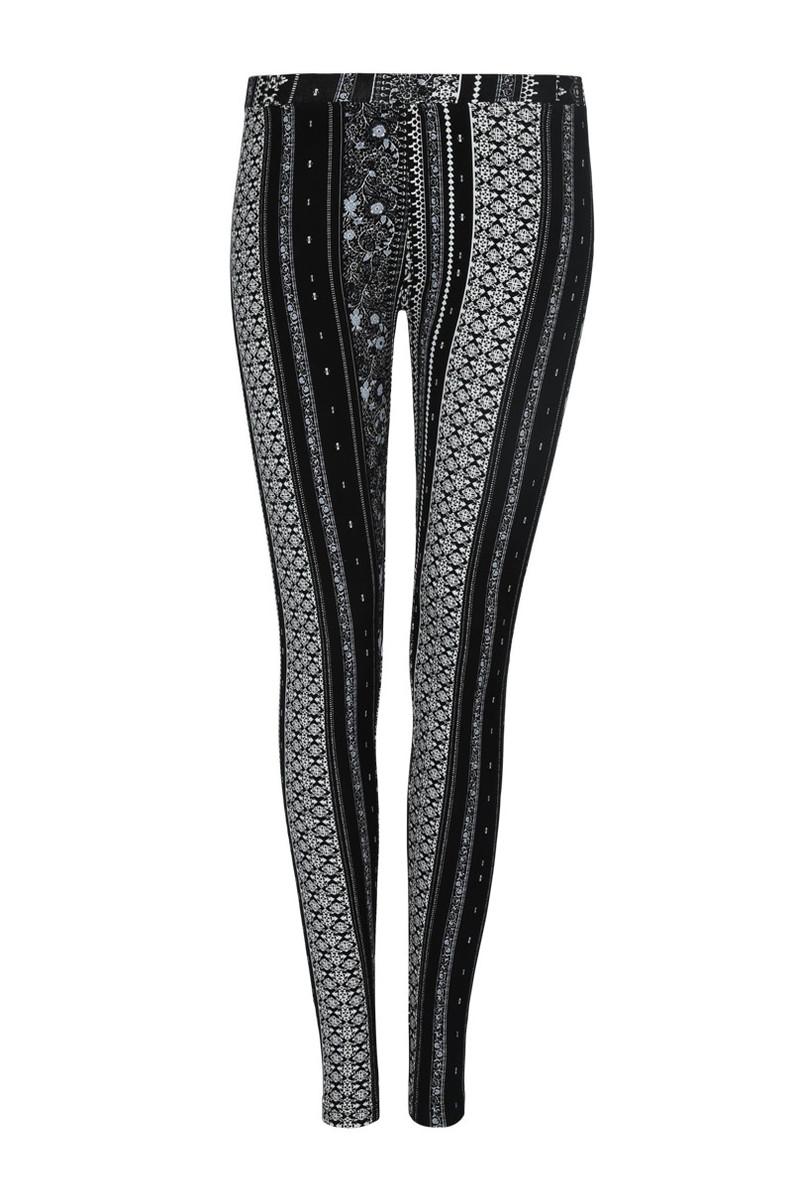 schwarz wei e leggings mit print von tally weijl ansehen. Black Bedroom Furniture Sets. Home Design Ideas