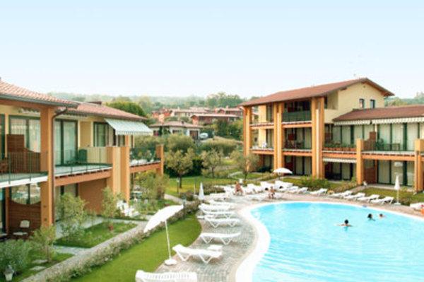 Italien/Gardasee Aparthotel Le Terrazze sul Lago von ansehen!