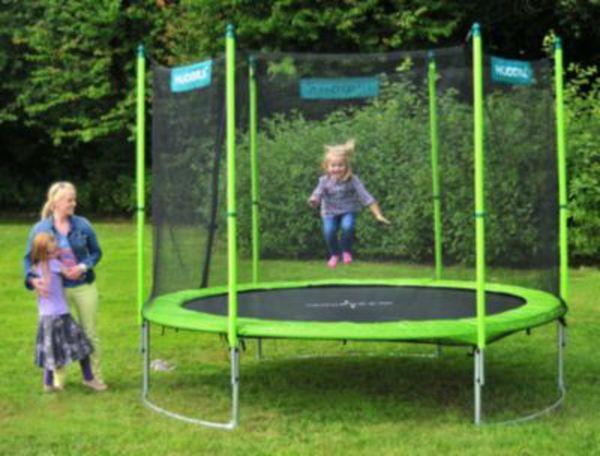 trampolin family 300 cm mit sicherheitsnetz von ansehen. Black Bedroom Furniture Sets. Home Design Ideas