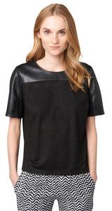 T-Shirt in Leder-Optik