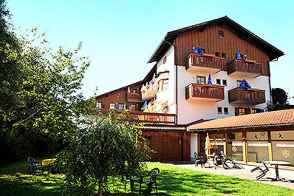 Deutschland bayerischer wald hotel margeritenhof von ansehen for Designhotel bayerischer wald
