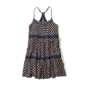 Swing-Kleid im Stufendesign