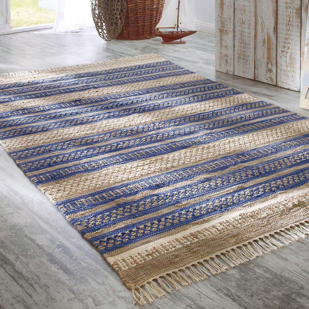 Teppich Blue Stripes von Strauss Innovation ansehen!