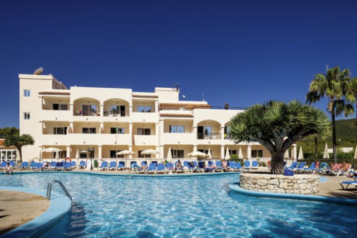 Hotel invisa figueral resort 4 sterne von rewe reisen f r for 4 sterne hotel dortmund