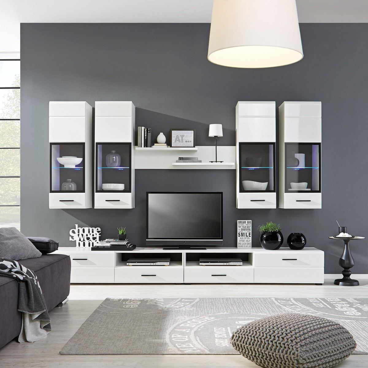 wohnwand in wei von m max ansehen. Black Bedroom Furniture Sets. Home Design Ideas