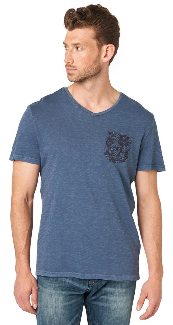 t shirt mit gemusterter brusttasche von tom tailor f r 9. Black Bedroom Furniture Sets. Home Design Ideas
