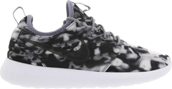 543e253b2bdb1 Print Two Von Ansehen Nike Sidestep Damen Roshe Sneakers P7w8E