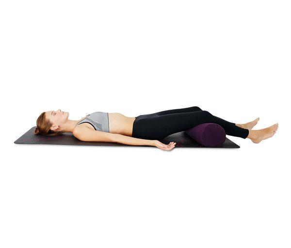 aufblasbares yoga und pilates bolster von tchibo f r 19. Black Bedroom Furniture Sets. Home Design Ideas