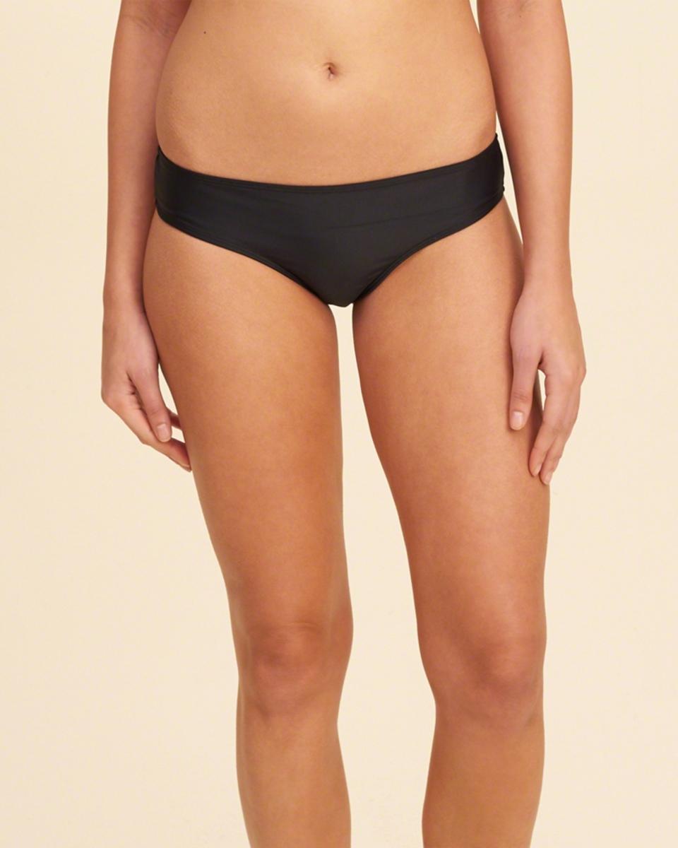Bild 2 von Hochgeschlossenes Bikinioberteil zum Hineinschlüpfen mit Riemchendesign