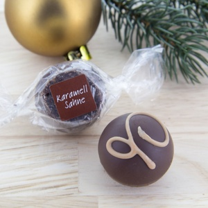 Trüffelpraline Karamell-Sahne in Edelbitter-Schokolade 5,56 € / 100g