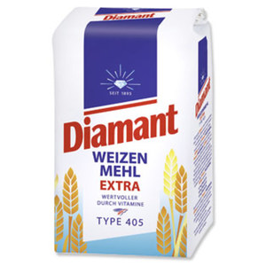Diamant Weizenmehl Type 405,  jede 2,5-kg-Packung