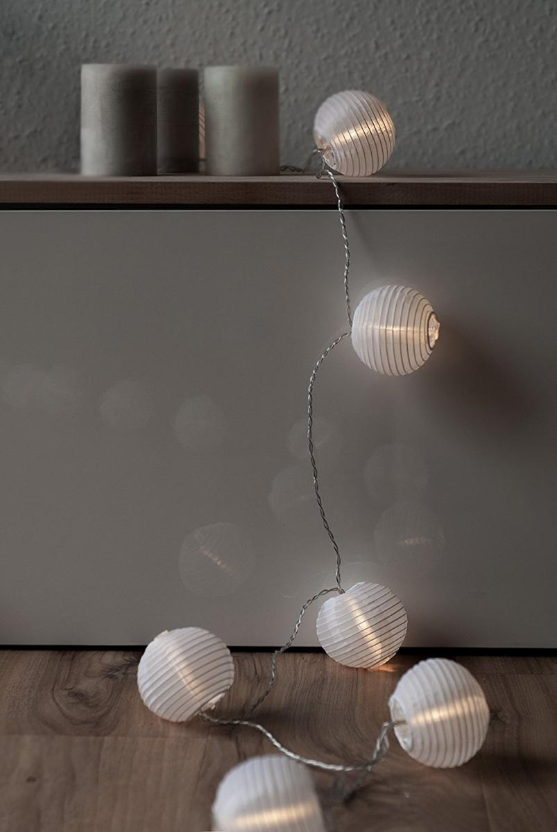 Bild 3 von Plaights LED-Sommerlichterkette weiß