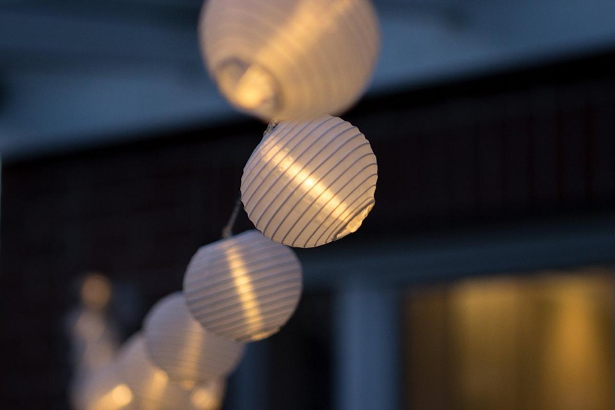 Bild 4 von Plaights LED-Sommerlichterkette weiß