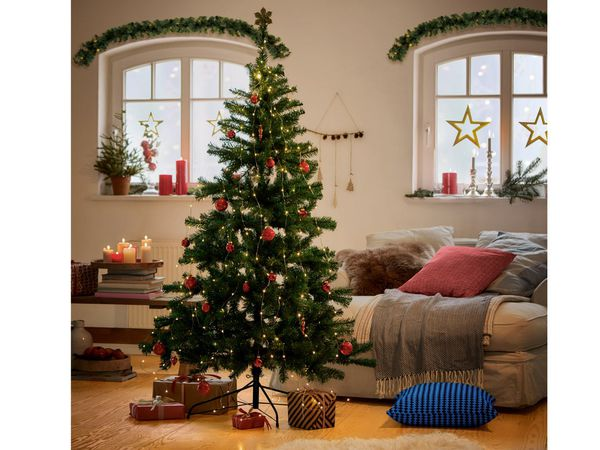 melinera weihnachtsbaum von lidl ansehen. Black Bedroom Furniture Sets. Home Design Ideas