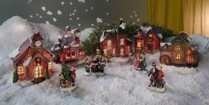 Weihnachtsdorf Set mit Beleuchtung - 9-teilig