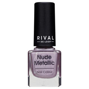 Rival de Loop nude metallic nail colour 04