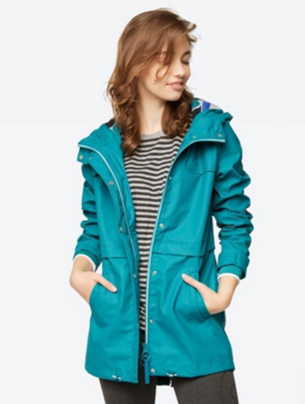 Unifarbene Regenjacke mit weitenverstellbarer Kapuze
