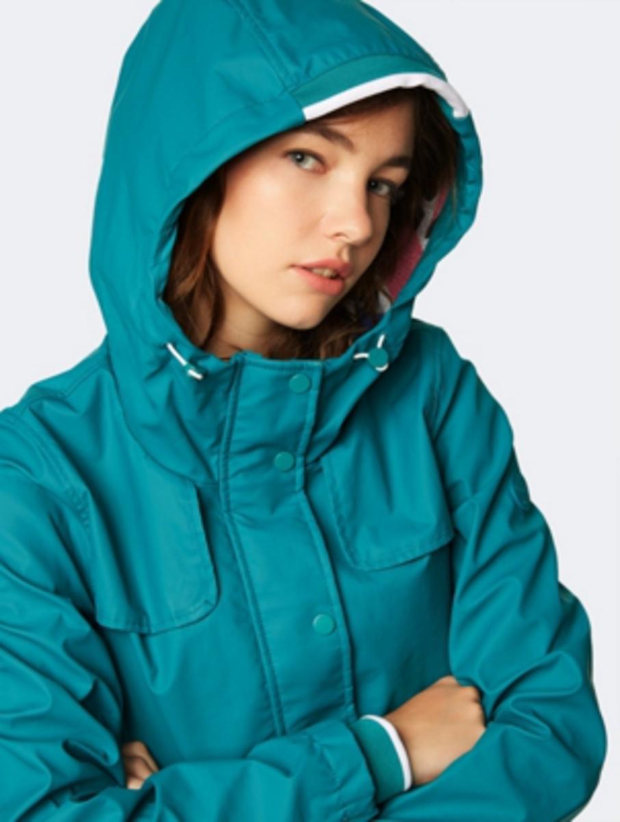 Bild 5 von Unifarbene Regenjacke mit weitenverstellbarer Kapuze