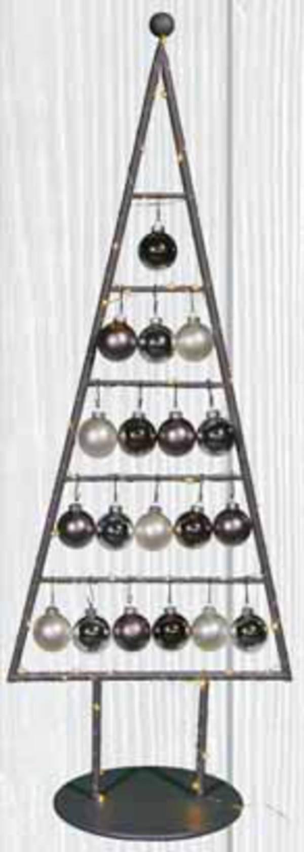 weihnachtsbaum aus metall beleuchtet von tegut ansehen. Black Bedroom Furniture Sets. Home Design Ideas