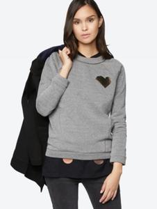 Sweatshirt mit Herz-Motiv aus schimmerndem Granulat