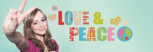 "Komar Deco-Sticker ""Love and Peace"""