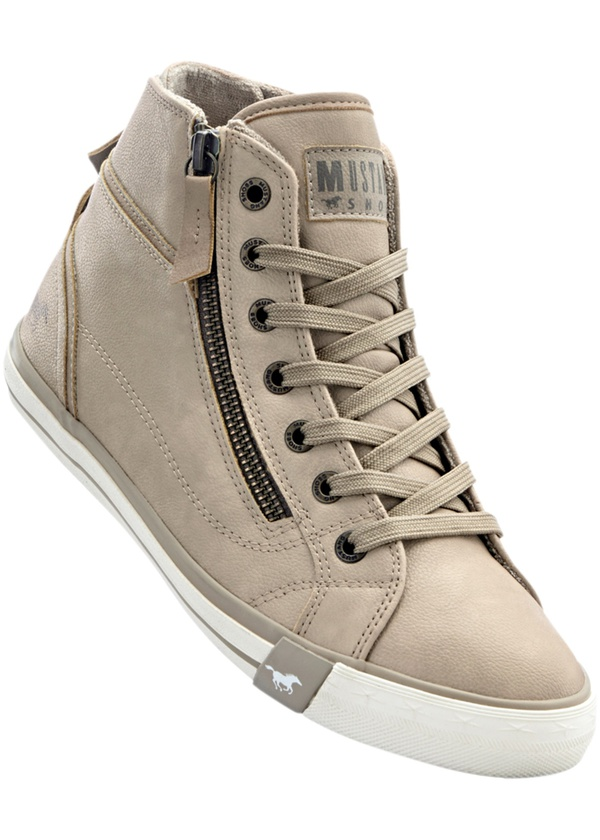Sneaker high top von Mustang
