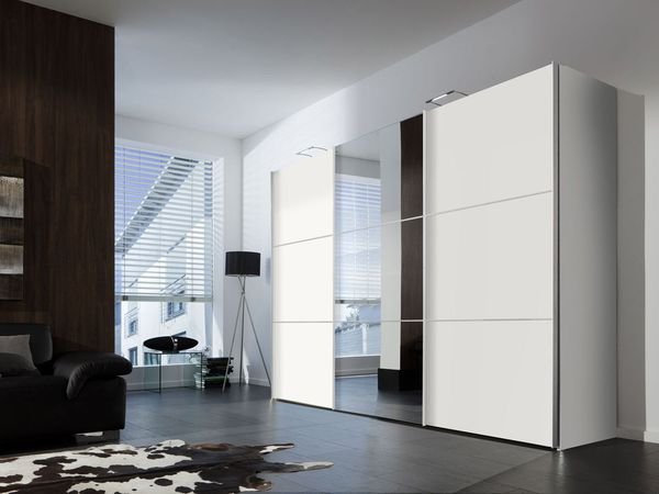 express m bel schwebet renschrank bianco 3 t rig in wei dekor mit spiegel von lidl ansehen. Black Bedroom Furniture Sets. Home Design Ideas