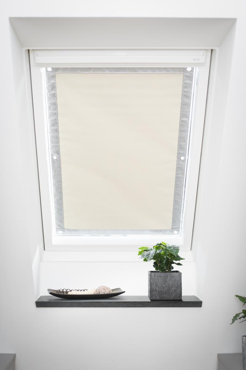 Bild 2 von Lichtblick Dachfenster Sonnenschutz Haftfix, ohne Bohren, Verdunkelung, Beige, 47 cm x 91,5 cm (B x