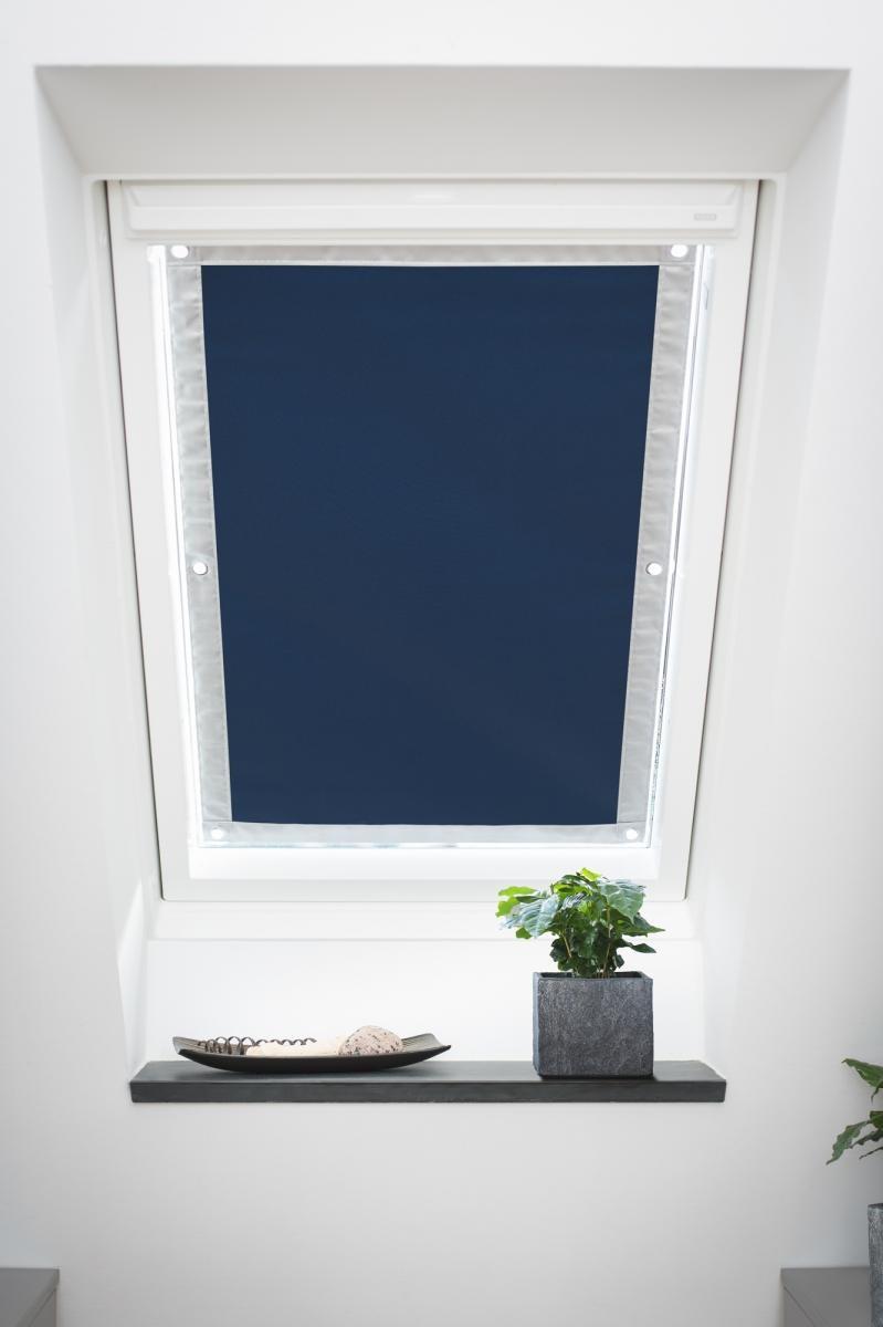 Bild 2 von Lichtblick Dachfenster Sonnenschutz Haftfix, ohne Bohren, Verdunkelung, Blau, 36 cm x 71,5 cm (B x L
