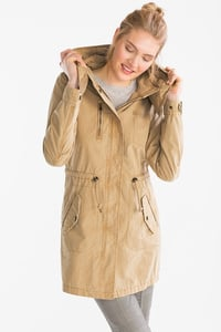 Yessica         Parka