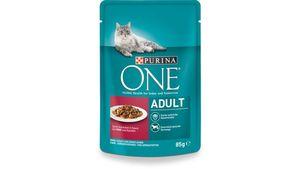Purina ONE Katzennassfutter Adult mit Rind und Karotten 24x85g Portionsbeutel