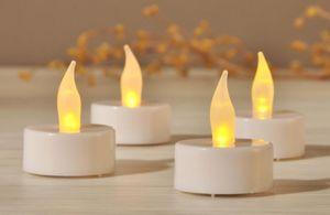 LED-Teelichter - warmweiß - aus Kunststoff - 4 Stück