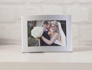 Bilderrahmen für 1 Foto à 15 x 10 cm - aus Aluminium - 18 x 13 x 1,5 cm