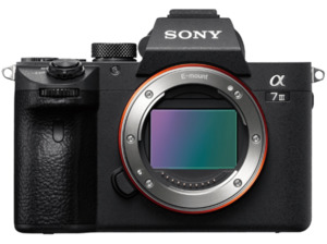 SONY ALPHA 7 III Body (ILCE7M3) Systemkamera 24.2 Megapixel , 7.5 cm Display Touchscreen, WLAN