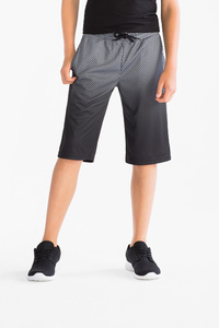Here and There         Sport-Shorts