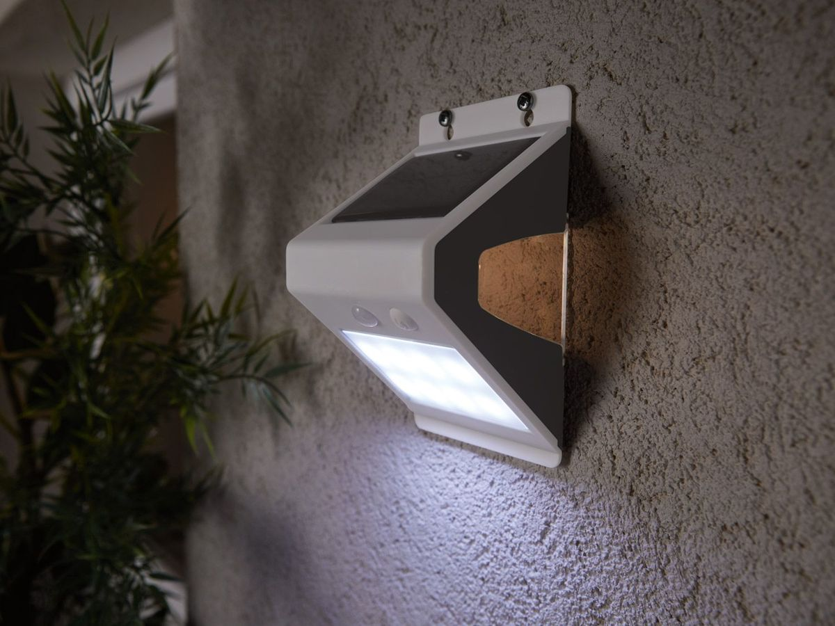 Bild 4 von LIVARNO LUX® LED-Solar-Wandleuchte