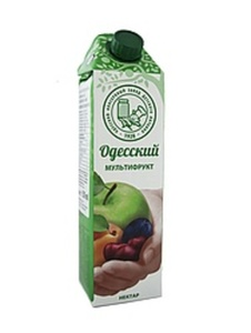 Multi-Fruchtgetränk, teilweise aus Fruchtmark- und Fruchtsaf...