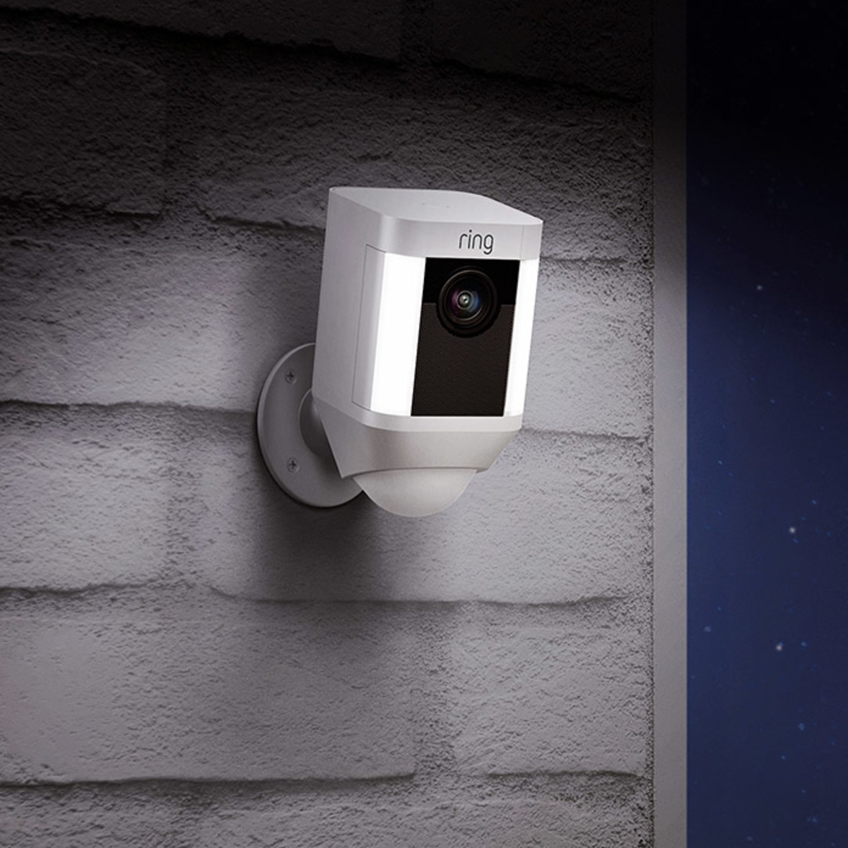 Bild 4 von Ring WLAN-Netzwerkkamera Spotlight Cam Battery