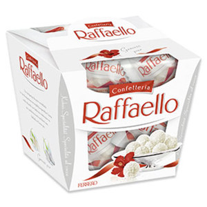 Raffaello 15er, jede 150-g-Packung