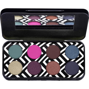 essence My Heart Is a Jungle Eyeshadow Palette