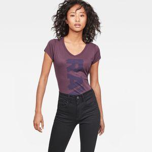 Thilea Slim V-Neck T-Shirt