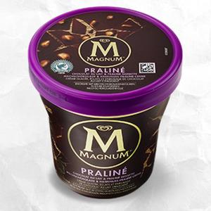 Magnum Classic, Almond, Praliné oder  White jeder 440-ml-Becher