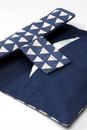 Bild 3 von ALANA Windeltasche in Dreieck-Design, in Bio-Baumwolle, mit Klettverschluss, blau, weiß