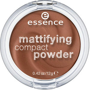essence mattifying compact powder 60