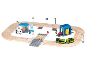 PLAYTIVE® JUNIOR Holzautobahn