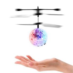Selbstfliegender Hubschrauber-Ball mit LED-Beleuchtung