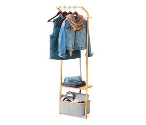 Schmale Garderobe mit Stauraum